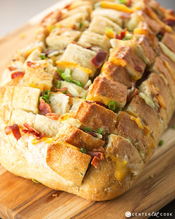 Bacon and cheese pull apart bread 4