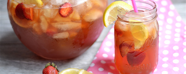 Strawberry Lemonade Sweet Tea