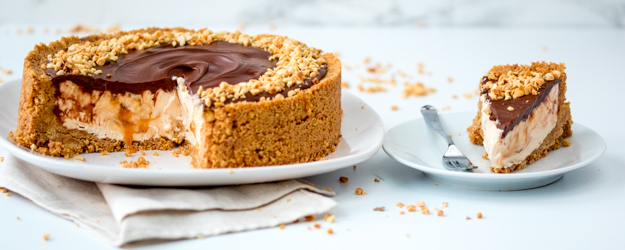Easy Nutella Salted Caramel Cheesecake