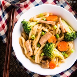 Easy Chinese Chow Mein