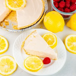 Pink Lemonade Pie {Frozen}