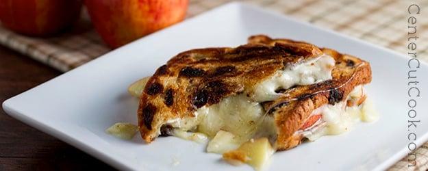 Creamy Havarti and Sliced Apple Sandwiches Recipe