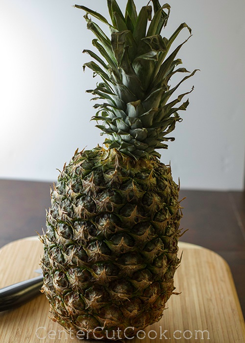 How to cut a pineapple 3