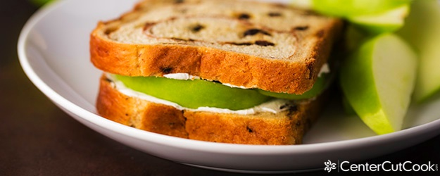 Cinnamon Raisin Apple Sandwich
