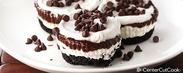 Chocolate lasagna cupcake