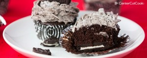 Oreo Cupcakes with Cookies & Cream Frosting
