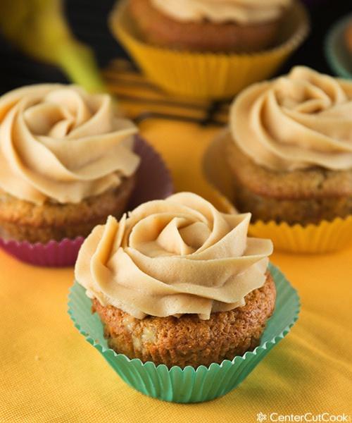 Banana bread cupcakes 3