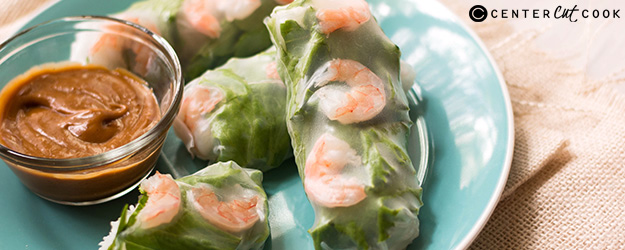 shrimp spring rolls with peanut sauce 1