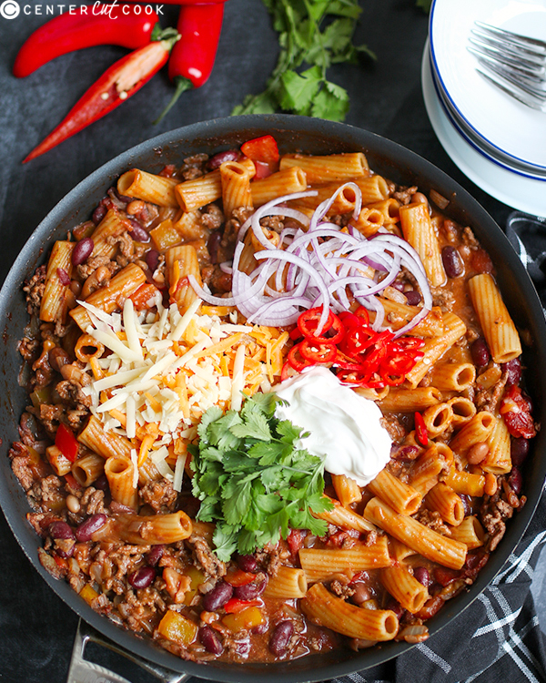skillet chili mac n' cheese 3