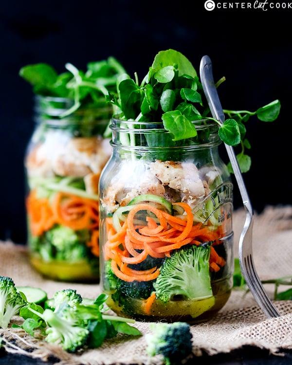 how to eat a mason jar salad