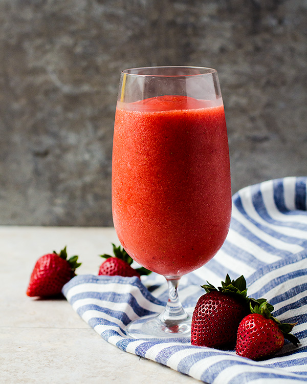 virgin strawberry daiquiri 2