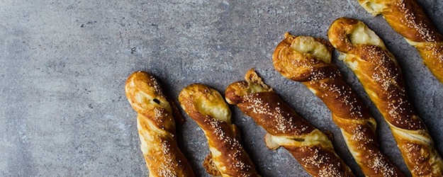 Cheesy Pretzel Twists