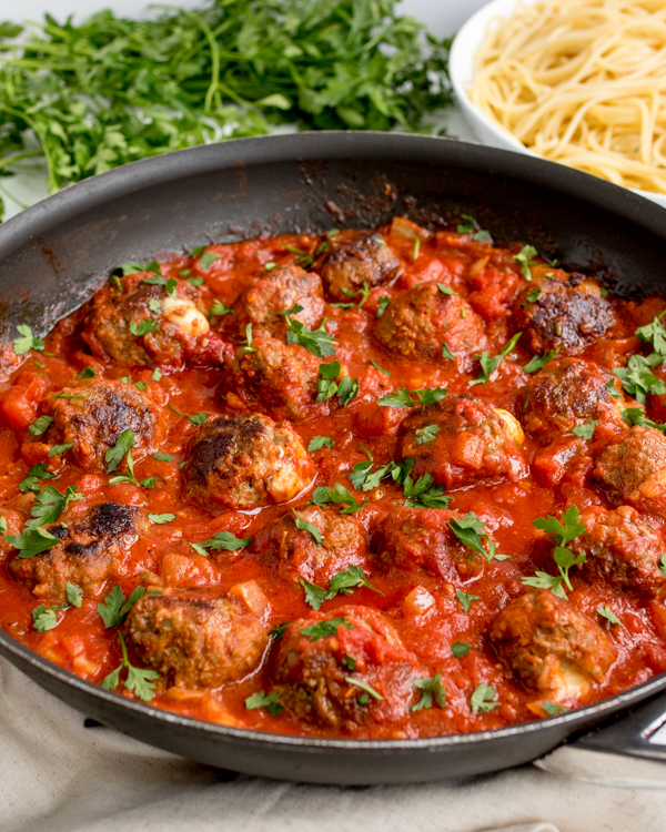 mozzarella stuffed meatballs 4