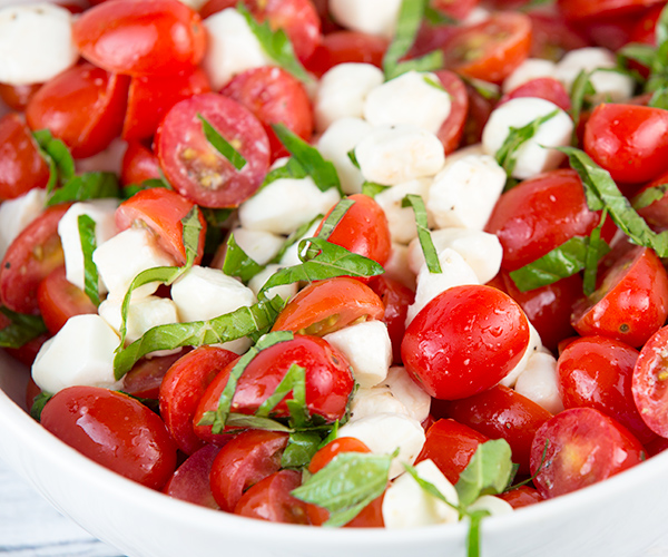 how to make chopped caprese salad 4
