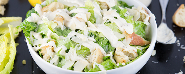 how to make ceasar salad {restaurant style} 1