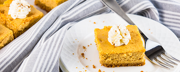 easy pumpkin cheesecake bars 1