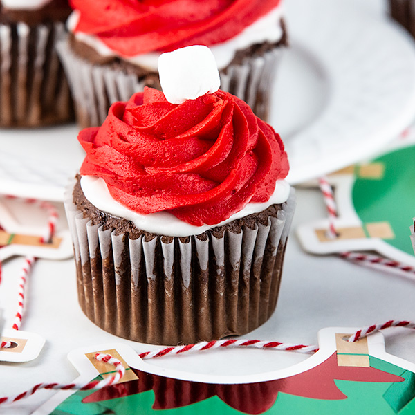 elf on the shelf cupcakes 3