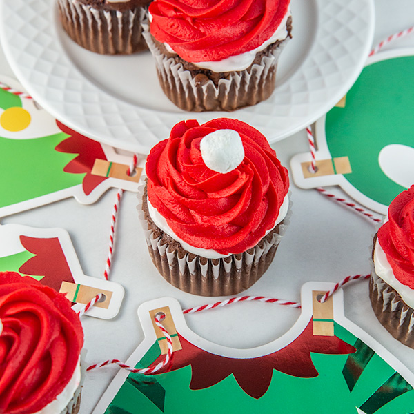 elf on the shelf cupcakes 6