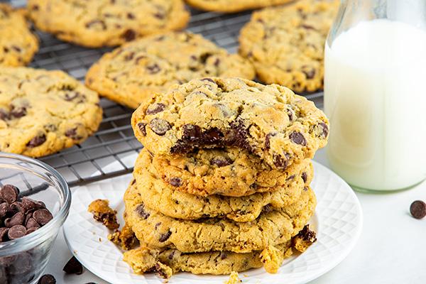 oatmeal chocolate chip cookies 3