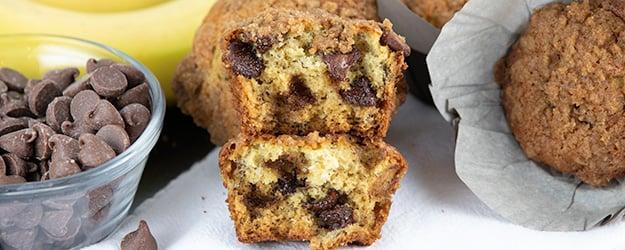 banana chocolate chip crumb muffins updated 1